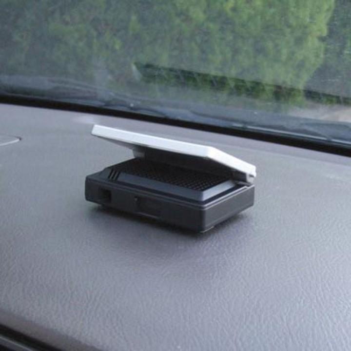 Ионизатор-озонатор воздуха в авто CD-127